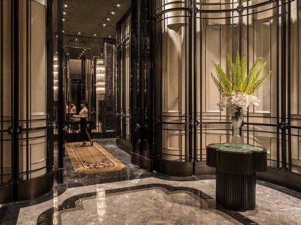 Four Seasons Hotel Pudong Shanghai Lobby View