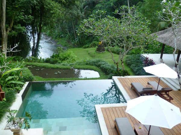Four Seasons Resort Bali at Sayan infinity pool terrace