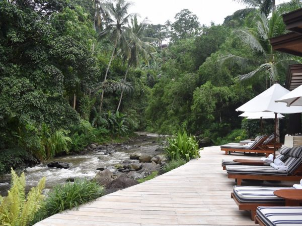 Four Seasons Resort Bali at Sayan pool deck