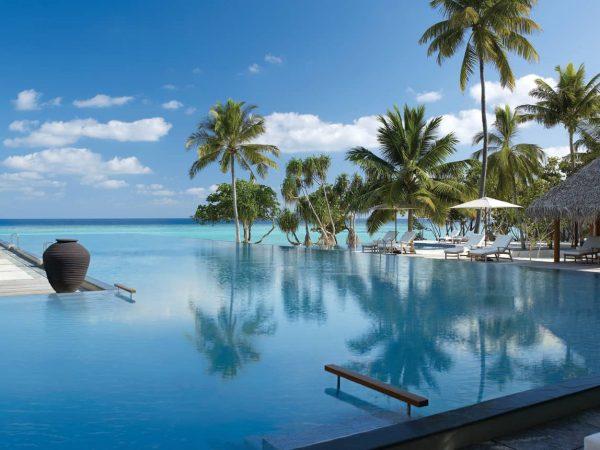 Four Seasons Resort Maldives at Landaa Giraavaru Baa Atoll main pool