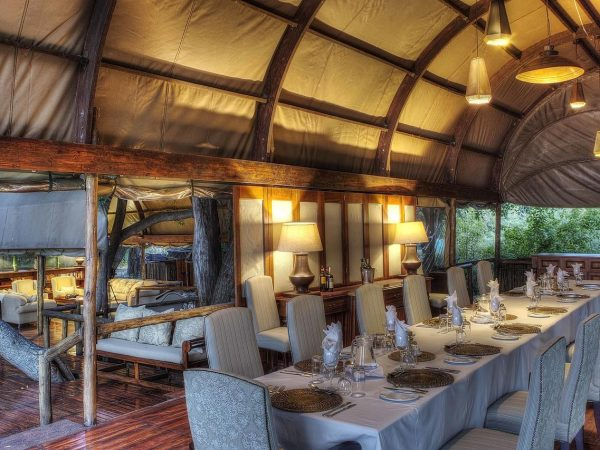 Ker And downey Botswana Shinde Dining and Lounge