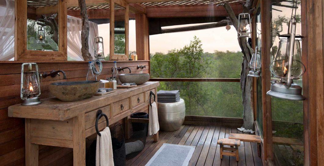 Lion Sands River Lodge Luxury Room Bathroom