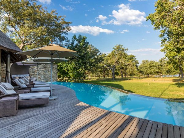 Makanyi Private Game Lodge Outdoor Pool