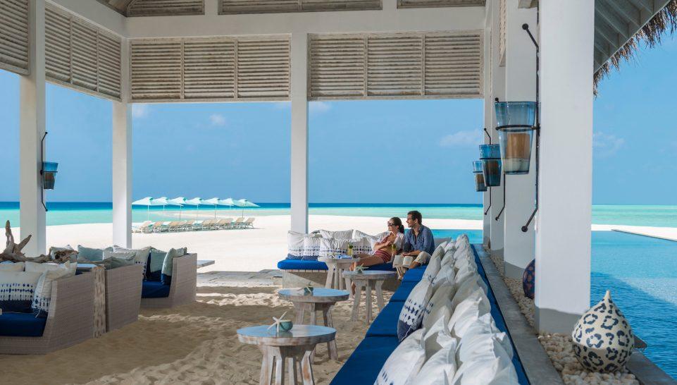 Maldives at Landaa Giraavaru blue bar