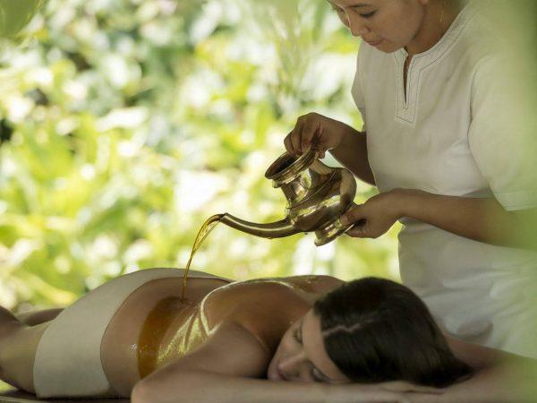 Maldives at Landaa Giraavaru massage