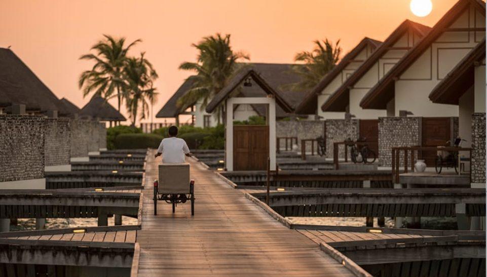 Maldives at Landaa Giraavaru sunrise breakfast