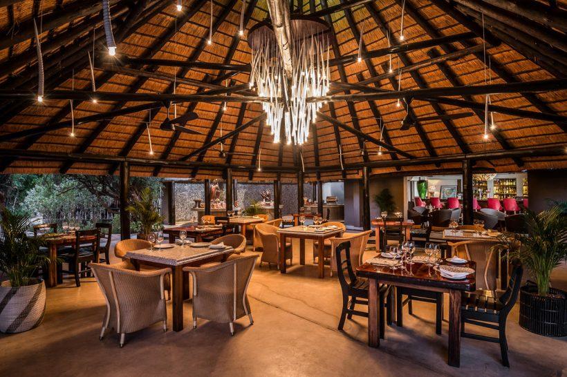 Sabi Sabi Bush Lodge Dining area