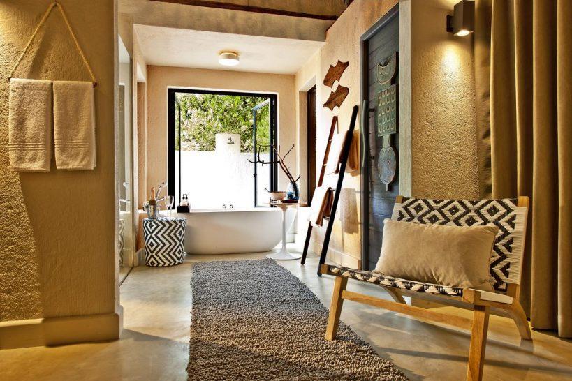 Sabi Sabi Little Bush Camp Luxury Suite Bathroom