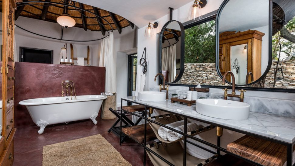 Sabi Sabi selati camp bathroom