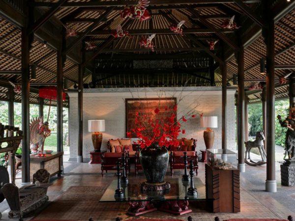 The Chedi Club Tanah Gajah Ubud Lobby sitting area