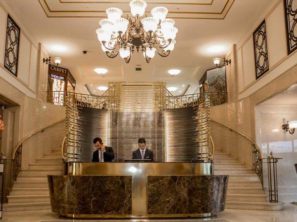 The Ritz Carlton Istanbul Lobby ReceptionThe Ritz Carlton Istanbul Lobby Reception