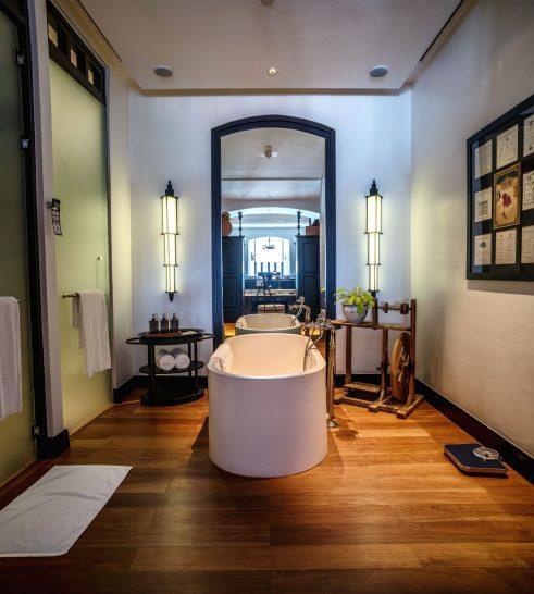 The Siam Hotel Bangkok Mae Nam Suite Bathroom