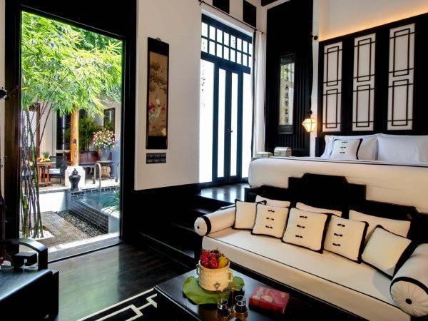 The Siam Hotel Bangkok Pool Villa courtyard