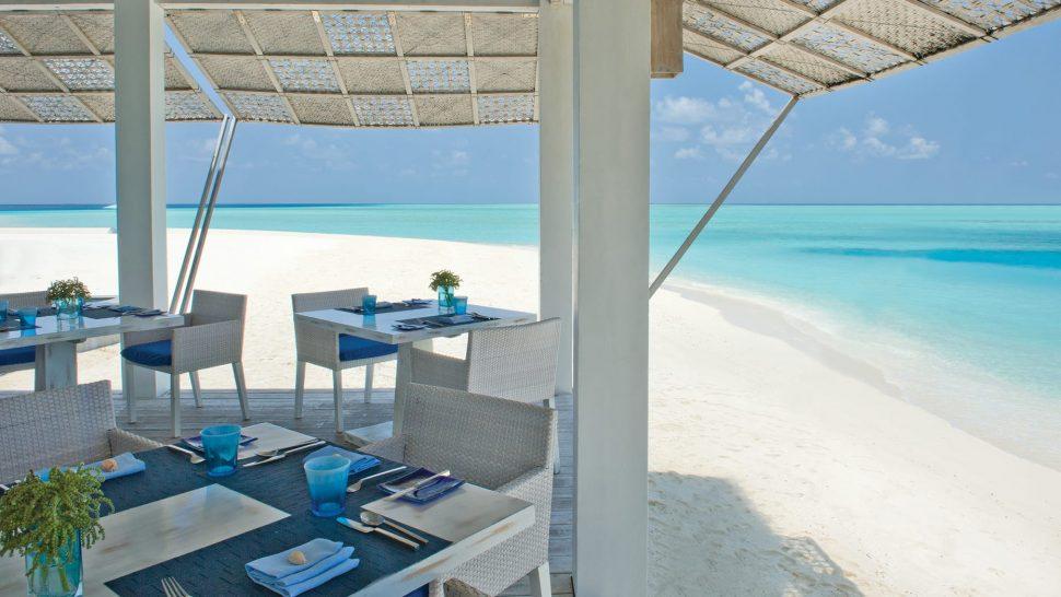 four seasons resort maldives at landaa giraavaru blu