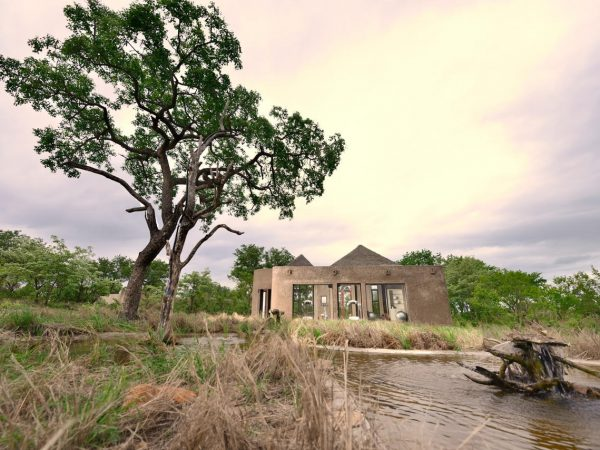 sabi sabi Earth lodge Gym