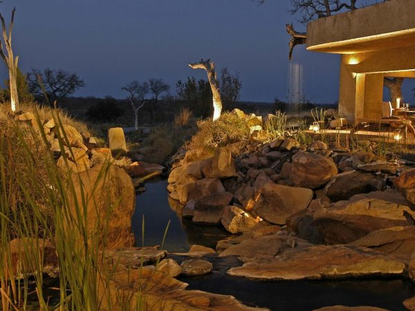 sabi sabi Earth lodge Water Feature
