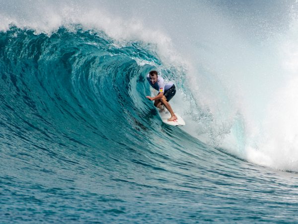 Four Seasons Maldives Explorer Cruise surfing