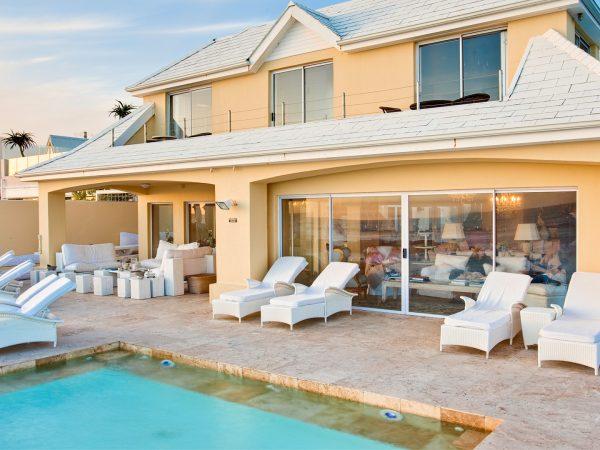 Birkenhead House Pool