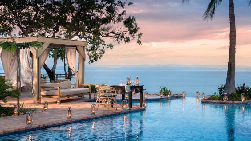 Bumi Hills Safari Lodge Lake Kariba Pool