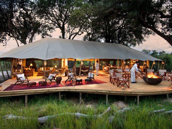 Duba Explorers Camp Lobby Exterior