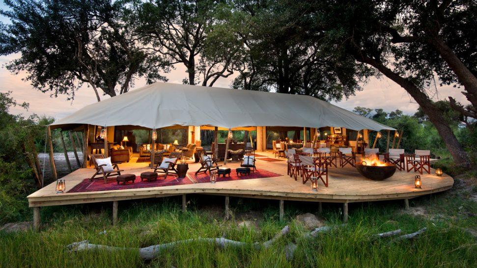 Duba Explorers Camp lobby and dining