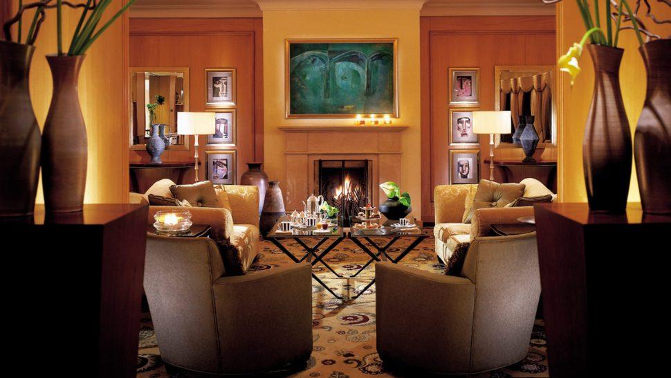Four Seasons Hotel Amman The Foyer Lounge