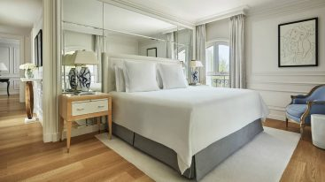 Four Seasons Hotel Grand Hotel du Cap Ferrat Four Seasons Pinewood Suite