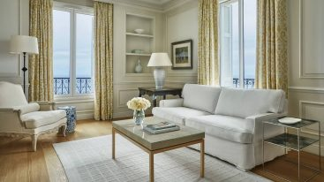Four Seasons Hotel Grand Hotel du Cap Ferrat Four Seasons Sea View Suite