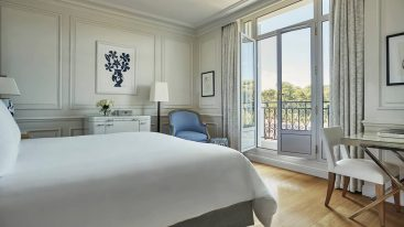 Four Seasons Hotel Grand Hotel du Cap Ferrat Superior Pinewood Room