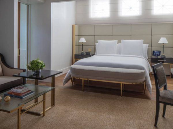Four Seasons Hotel London at Ten Trinity Square One Bedroom Deluxe Suite