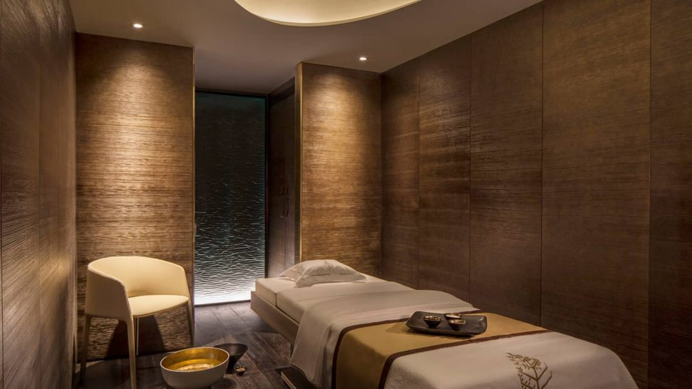 Four Seasons Hotel London at Ten Trinity Square Spa