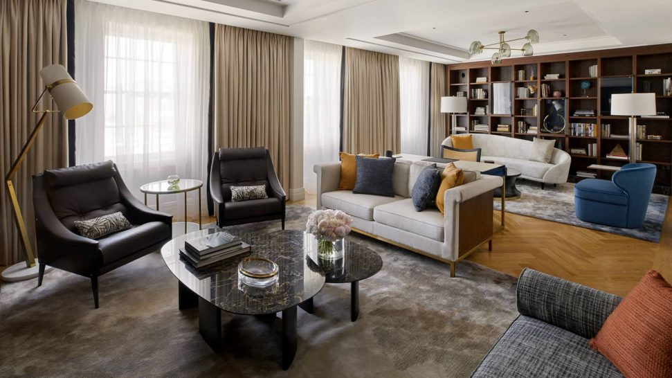 Four Seasons Hotel London at Ten Trinity Square Three Bedroom Residence