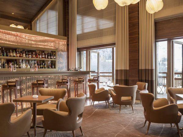 Four Seasons Hotel Megve Bar Area