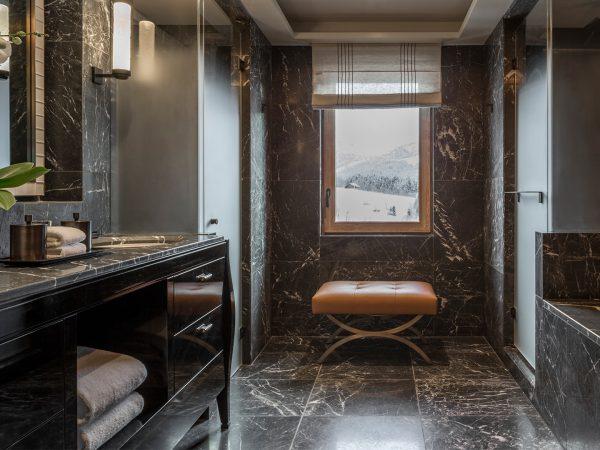 Four Seasons Hotel Megve Bathroom