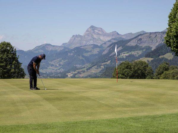 Four Seasons Hotel Megve Golf