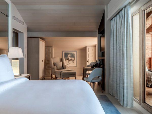 Four Seasons Hotel Megve Prestige Room