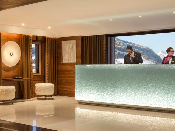 Four Seasons Hotel Megve Reception