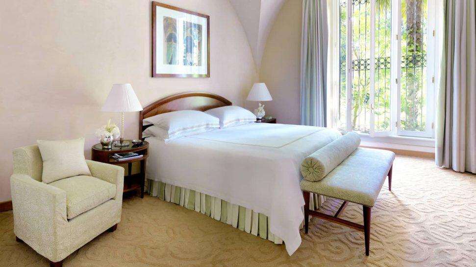 Four Seasons Hotel Milan Cloister Suite