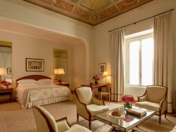 Four Seasons Hotel Milan Fresco Suite