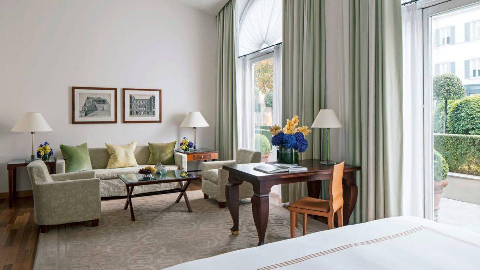 Four Seasons Hotel Milan Garden View Junior Suite