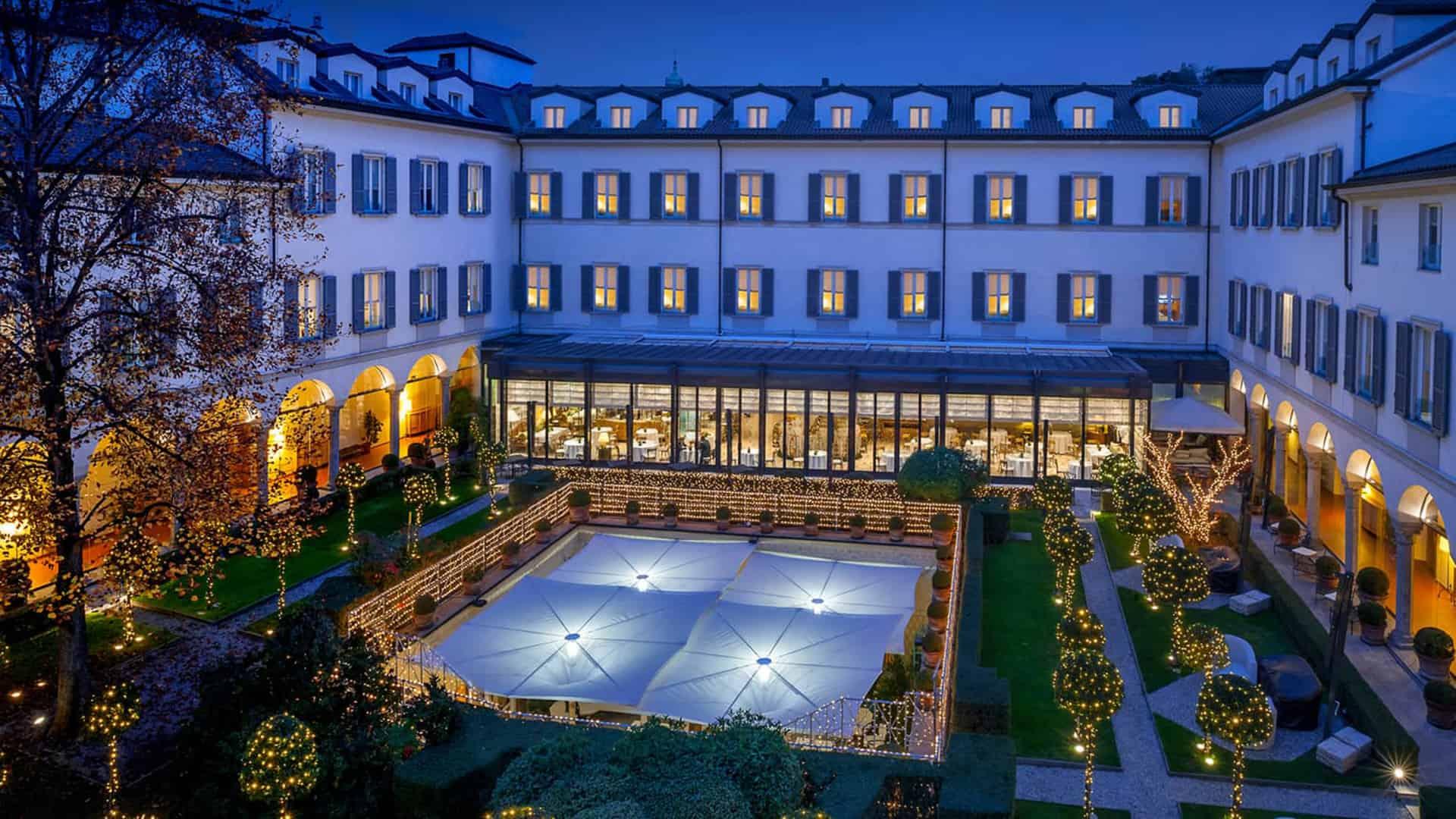 Four Seasons Hotel MilanNight View Lobby
