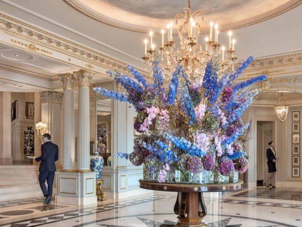 Four Seasons Hotel des Bergues Geneva Lobby View