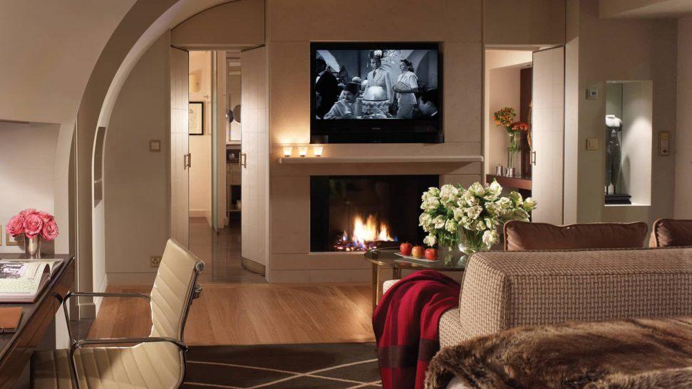 Four Seasons Hotel des Bergues Geneva Loft Suite Lake View