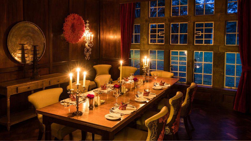 Giraffe Manor Room Dining