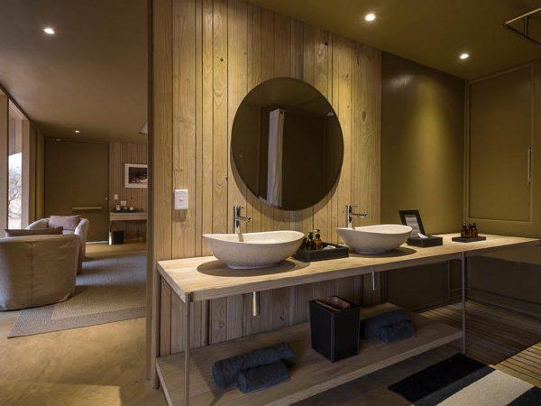 Hoanib Skeleton Coast Camp Bathroom