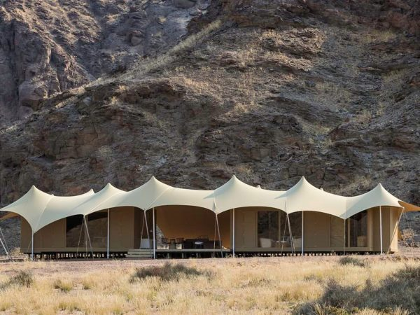Hoanib Skeleton Coast Camp Exterior