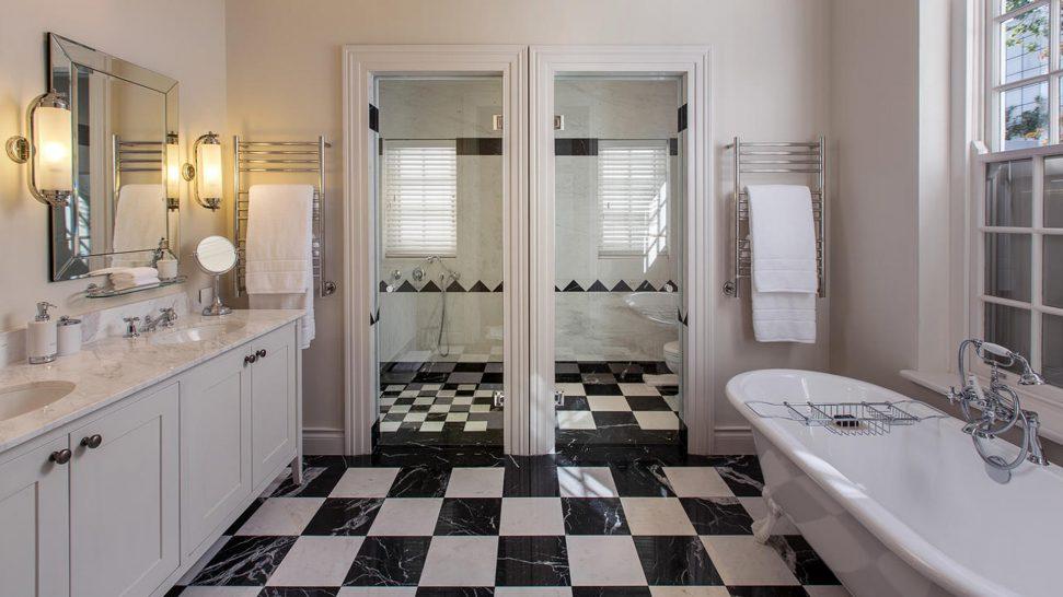 Leeu House Bathroom