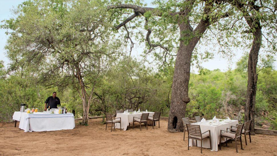 Leopard Hills Outside Dinner