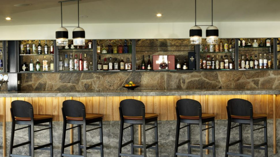 Lizard Island Resort Bar