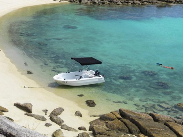 Lizard Island Resort Dinghy Adventure